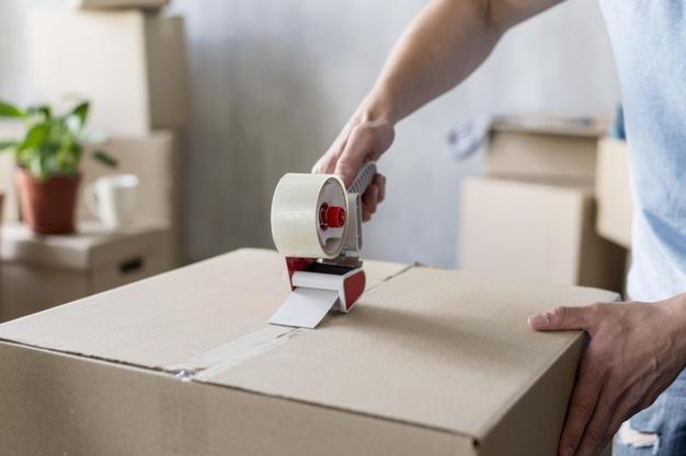 بسته بندی وسایل خانه