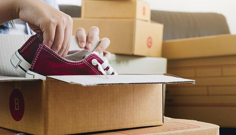 نحوه بسته بندی کفش ،کفشهایتان را آماده جابجایی کنید!
